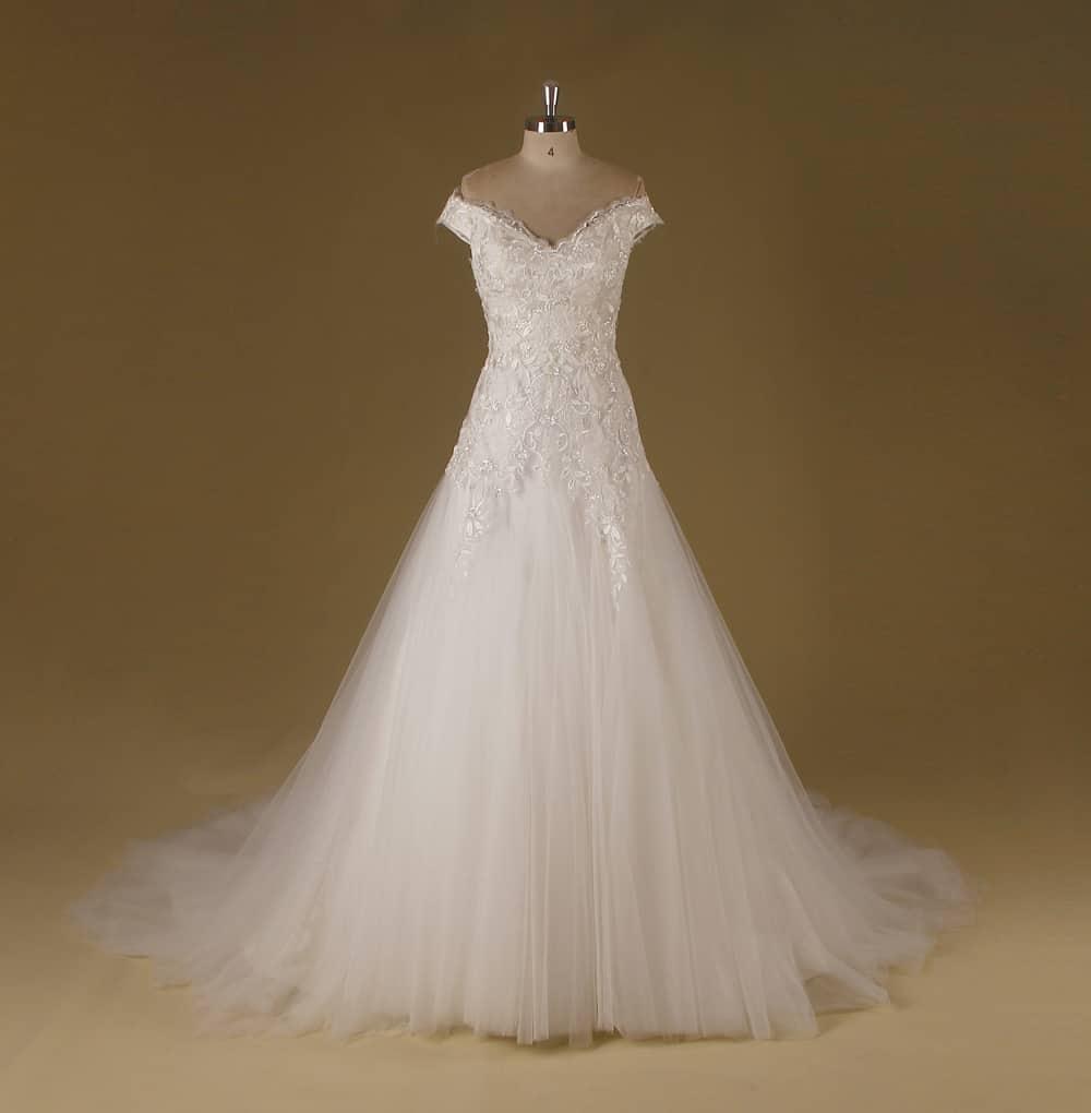 Hochzeitskleider Erfurt: Brautkleid MANUELA